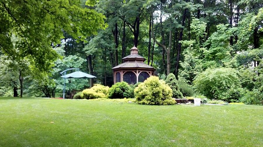 McDaniel-Hochberg Residence